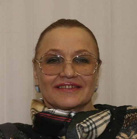 Национальная исполнительница РФ Нина Русланова доставлена вбольницу синфарктом