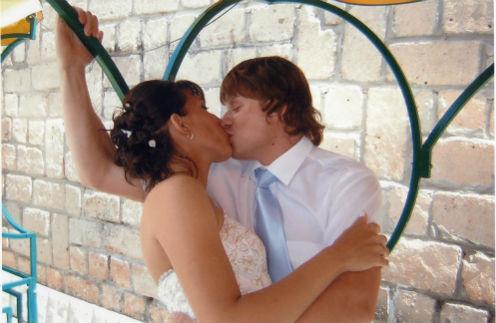 Мы с Валерой поженились восемь лет назад