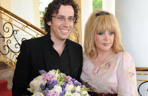 Поздравить жениха и невесту приехали Алла Пугачева и Максим Галкин
