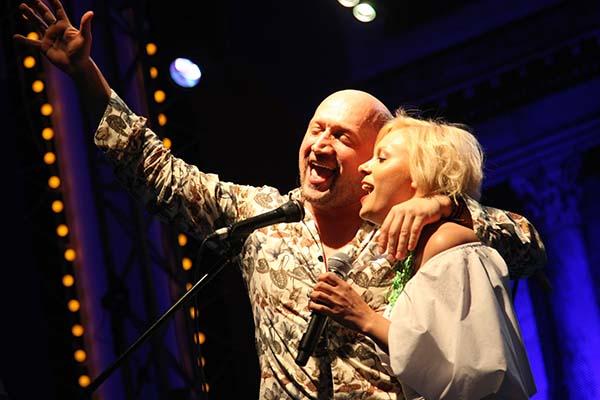 Одну из песен Куценко помогла исполнить Яна Троянова