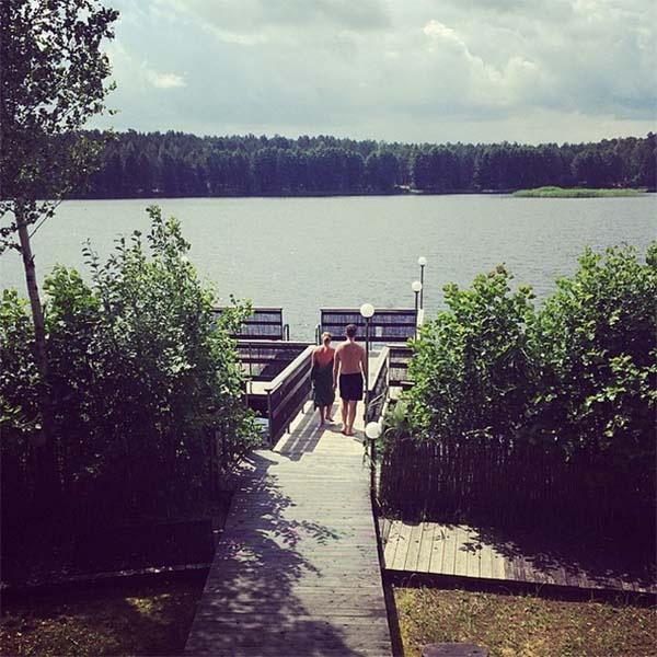 «Юрмала. Баня. Помывка перед днем рождения», - таким комментарием Юлия сопроводила это фото.