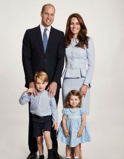 А королевская семья стала еще популярнее после появления на свет наследников принца Уильяма и Кейт Миддлтон