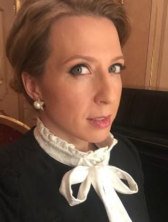 Яна Чурикова призналась, что колет ботокс