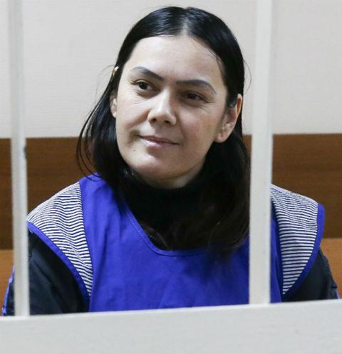 По словам экспертов, 38-летняя Бобокулова может избежать реального срока. Женщина просит суд отправить ее на принудительное лечение в родной Узбекистан