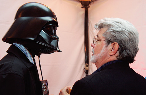 Джордж Лукас и его сын в костюме Дарта Вейдера