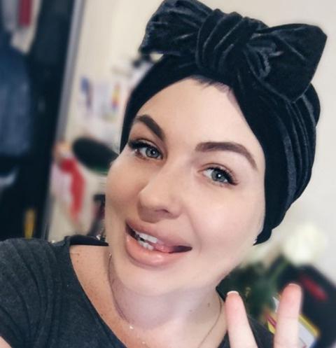Девки дома раком, высокая худая порно фото