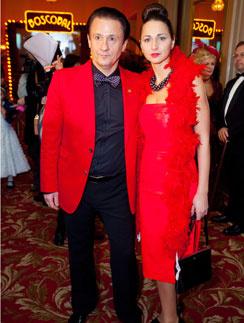 Олег Меньшиков с супругой Анастасией на Bosco Балу в отеле «Метрополь», 18 декабря