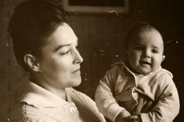 Александра Завьялова с сыном Петром