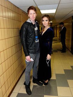 Никита Пресняков и его девушка Аида