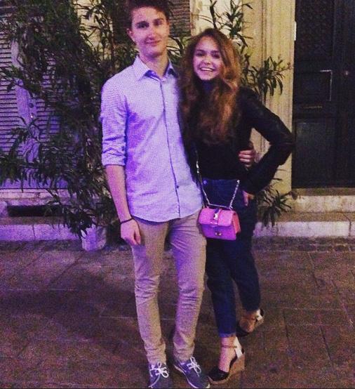 Стефания Маликова с другом
