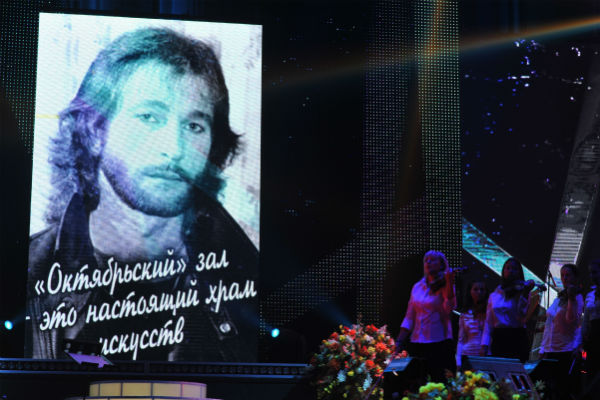 Портрет певца Игоря Талькова