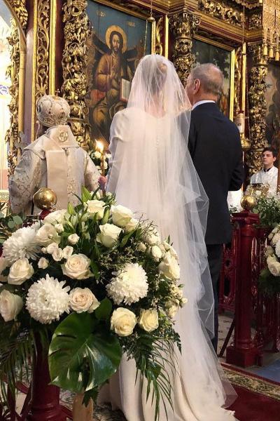 Супруги обвенчались в Троицком соборе