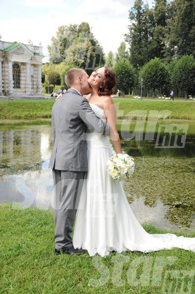 Фотосессия Натальи и Сергея получилась очень романтичной