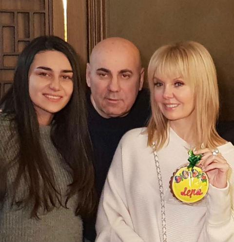 Лиза с Иосифом Пригожиным и Валерией