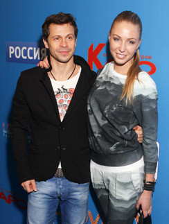 Павел Деревянко и Вера Гоппен на кинопремьере в декабре 2013 года