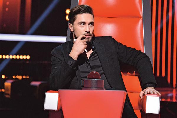 Билан порой не может сдержать эмоций во время выступления конкурсантов