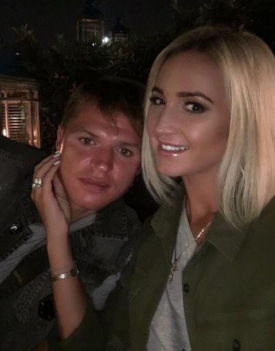 В своих интервью Ольга говорила, что нацелена на долгие отношения