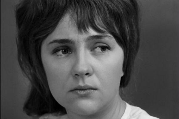 Екатерина Градова любила Миронова, но не могла свыкнуться с его изменами