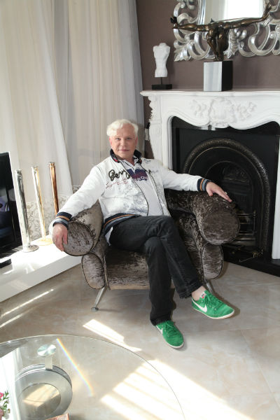 Квартира – подарок певца себе на 60-летие, которое он отметит 4 марта 2014 года
