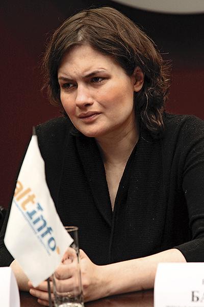 Юлия Юдинцева хочет лишить актера родительских прав