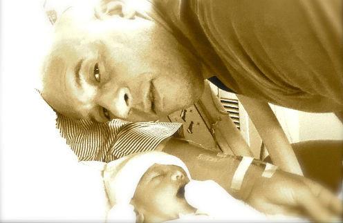 Вин Дизель с новорожденной дочкой