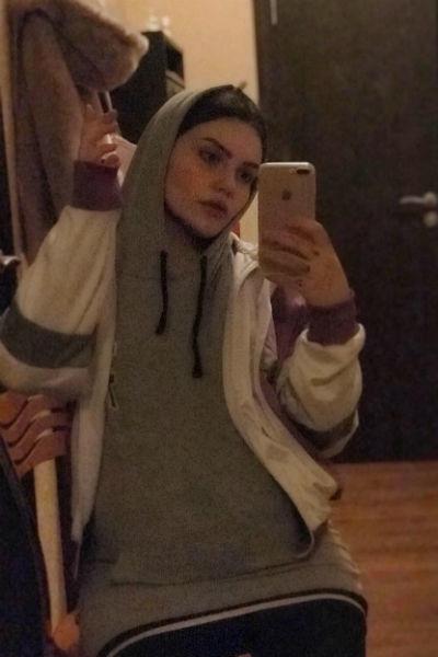 Молодая женщина намерена бороться за алименты от Макара Касаткина