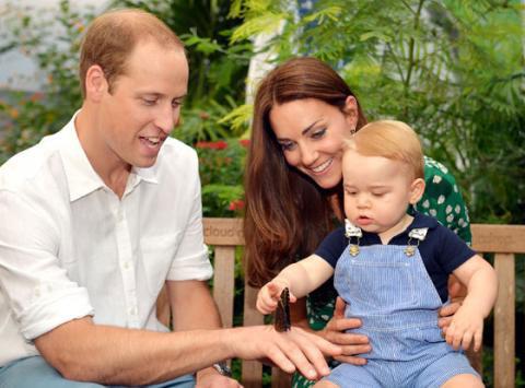 Принц Георг празднует первый день рождения (фото)