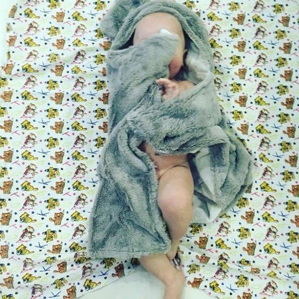 Наталья заботится о здоровом сне мальчика