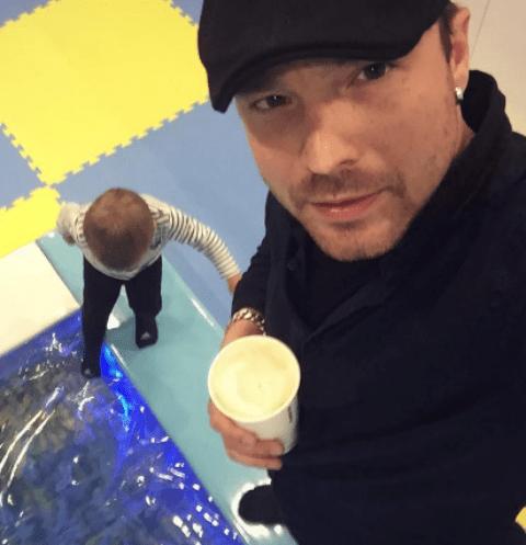Алексей Чадов проводит время с сыном Федором