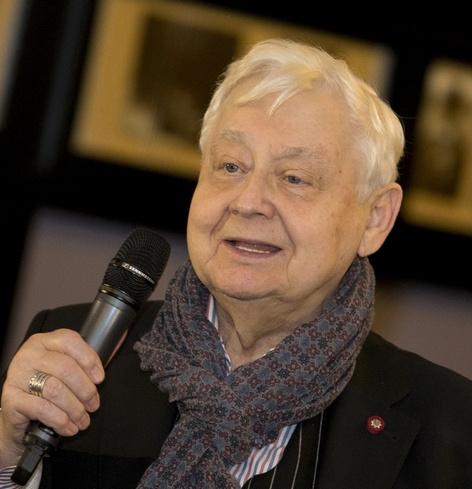 Друг Олега Табакова объяснил, почему актер быстро развелся с первой супругой