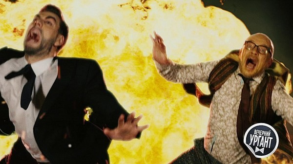 Взрыв в финале трейлера напомнил многим сцену из сериала «Шерлок»