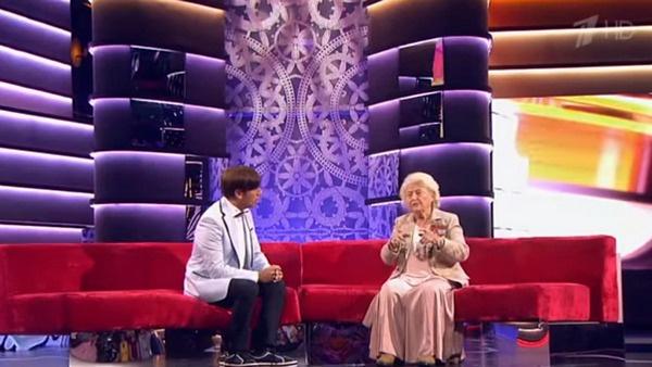 Ведущим шоу «Старше всех!» был Максим Галкин
