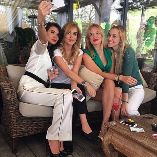 Катя Жужа, Ксения Бородина, Елена Бушина и Анна Городжая