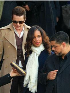 Алиша Киз приехала на похороны Уитни Хьюстон
