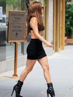 Леди Гага на прогулке по Нью-Йорку