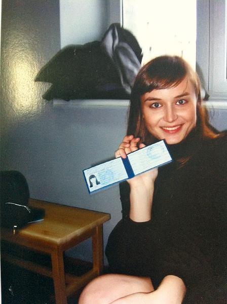 После победы в «Фабрике звезд-2» певица поступила в Школу-студию МХАТ