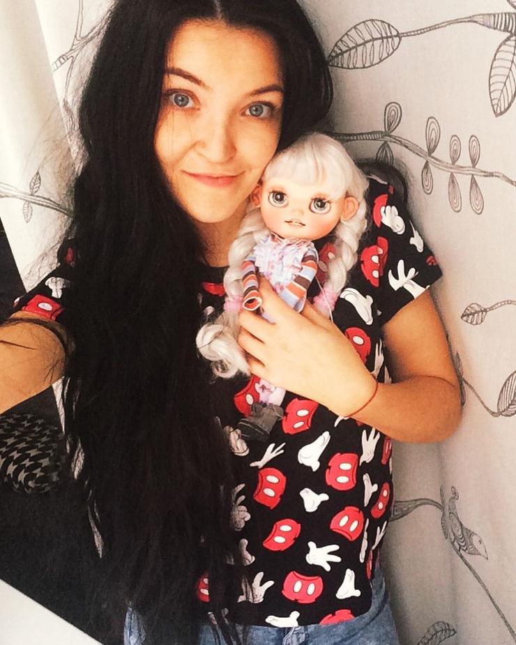 Лиана Зоркова зарабатывает на жизнь, делая авторские куклы