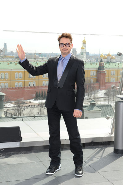 Роберт Дауни-младший на фотоколле в отеле Ritz-Carlton
