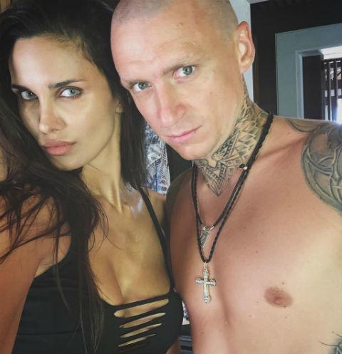 Павел Мамаев с женой