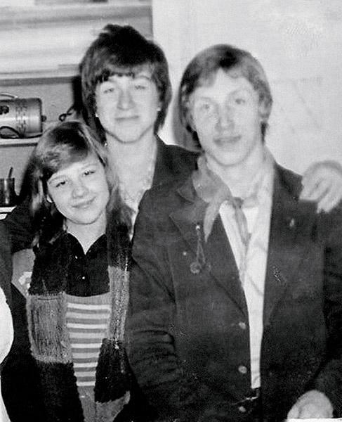 Роман Абрамович и Сергей Волнов часто влюблялись в одноклассниц. 1982 год