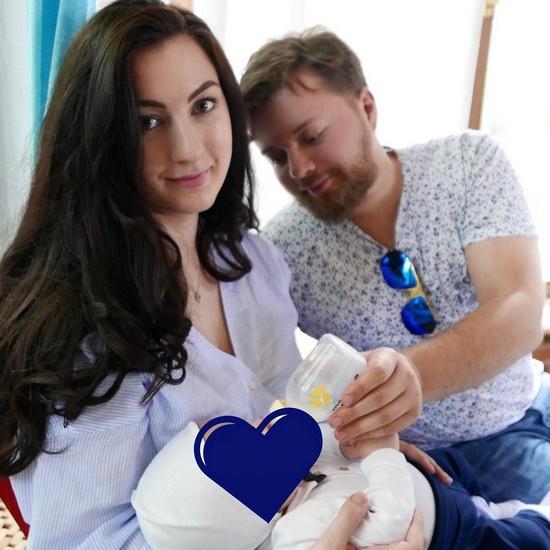 Иван Парфенов с женой Марией и сыном