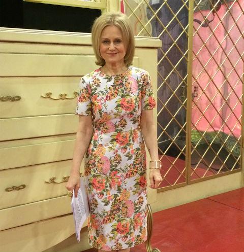 Дарья Донцова поведала оборьбе сраком ичто носит вместо груди