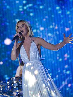 Полина Гагарина выступила блестяще