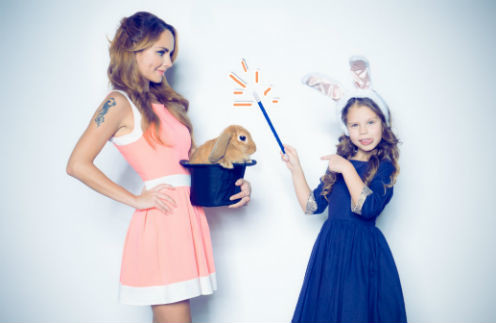Певица МакSим и дочь Саша в фотопроекте канала «Карусель»