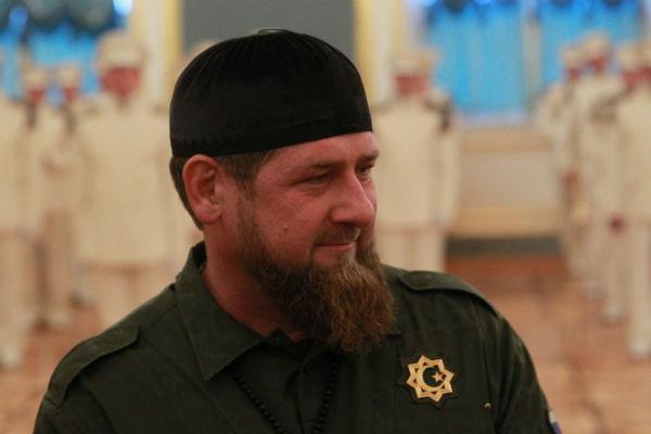 Рамзан Кадыров не обиделся на песню Слепакова, а вот другие поспешили встать на его защиту, считая такие слова недопустимыми