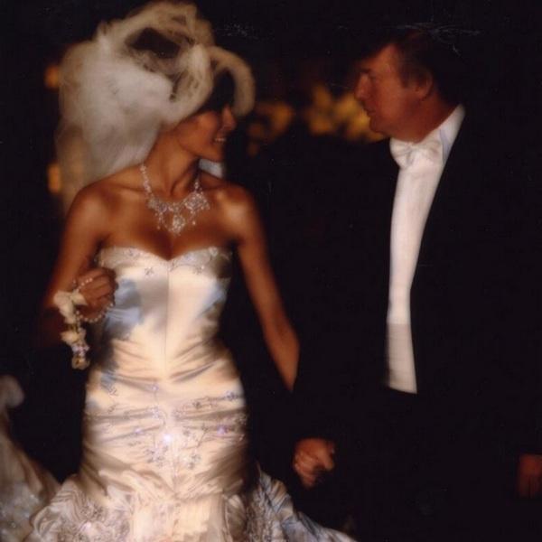 Свадьба модели и известного бизнесмена стала одним из самых обсуждаемых событий того времени