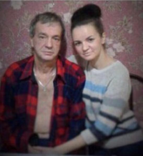 Отец и сестра Антона