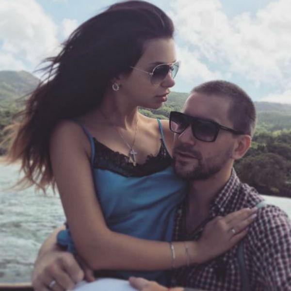Ведущая и ее избранник тайно поженились