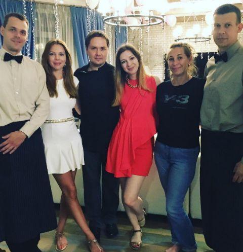 Наталья Подольская на празднике у дочек Юлианны