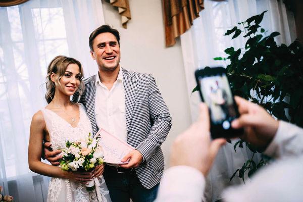Денис с бывшей супругой Дарьей
